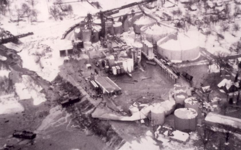 1960s honeymead spill - aerial photo of site