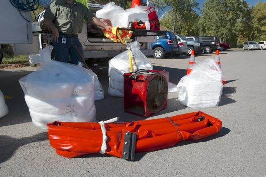 booms-absorbant-containment-supplies