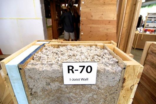 Energy efficient wall rated R-70