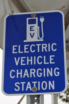 Direct current fast-charging stations for electric vehicles